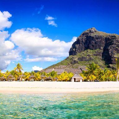 mauritius-beach-panorama-P9J2U6M